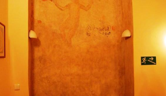 Nejstarší freska v Českých Budějovicích se nachází v hotelu Zátův dům