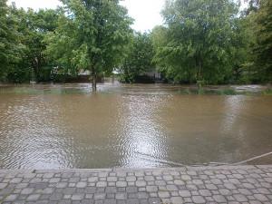 Trhové Sviny, potok u pečovatelky. Foto Lenka Vandělíková