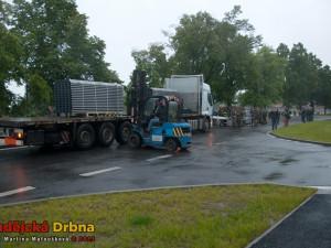 Stavba protipovodňové stěny na Jiráskově nábřeží