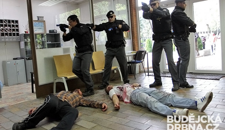 Taktické policejní cvičení AMOK 2013