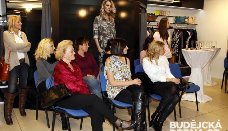 Vánoční posezení pro ženy v Roosevelt Fashion Storu