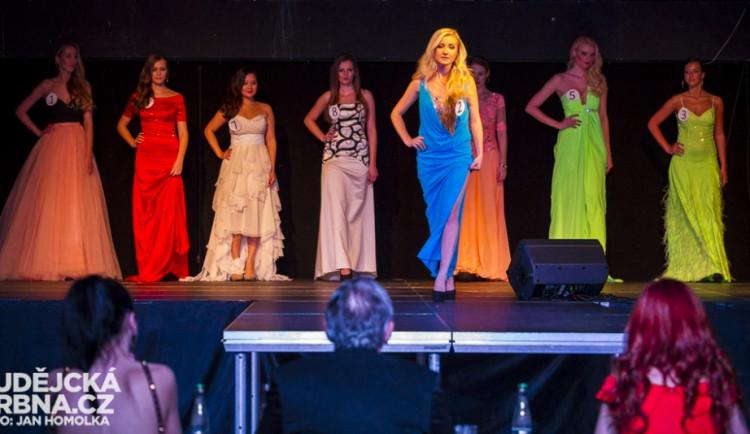 Slavnostní večer soutěže Miss Jihočeské univerzity