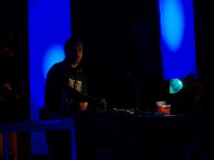DJ Akvamen + VIBESorchestra