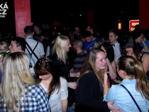 DJ Fox roztančil studenty ještě před koncertem