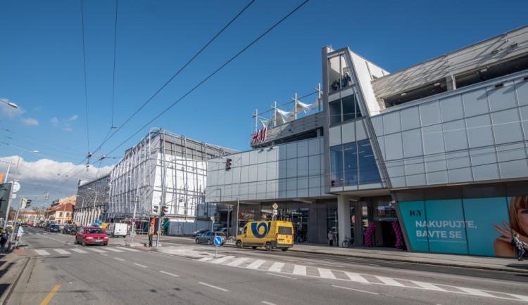 Slavnostní otevření nového IGY přilákalo stovky Budějčáků.