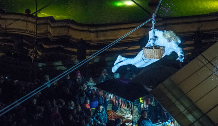 Přílet anděla na náměstí 2017