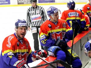 Petr Vampola burcuje své spoluhráče
