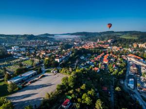 Let balonem nad Českým Krumlovem