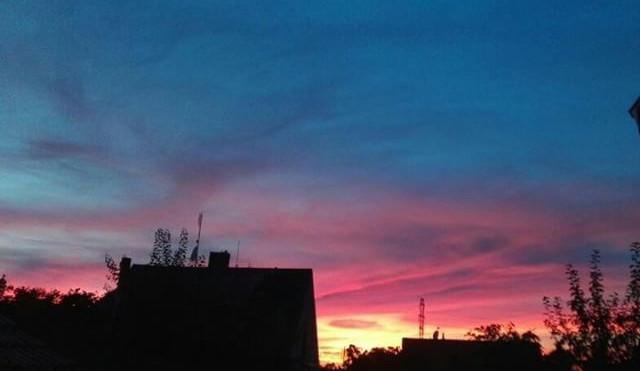 Rudé nebe nad Budějcema