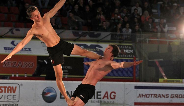 Písečtí Five Fellas předvedli úžasné akrobatické kousky