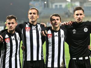 Zleva Matěj Helešic, Peter Grajciar, Róbert Kovaľ a Matěj Mršič